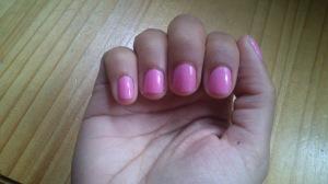 Selena Gomez Nicole by OPI Naturally nails